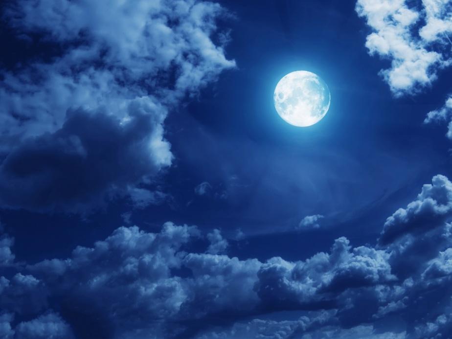 clouds-full-moon-1600x1200