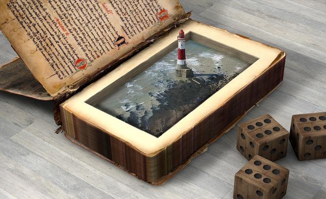 lighthouse-2398832_960_720