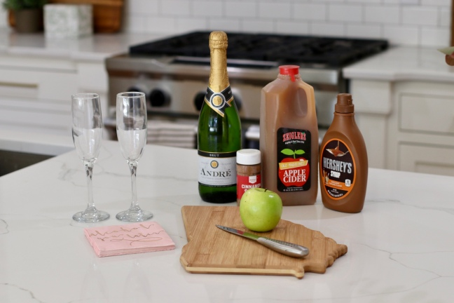 how-to-make-the-perfect-fall-drink-apple-cider-mimosas-ingredients