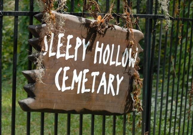 sleepy-hollow-sign-1745479_960_720