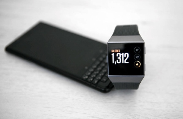 fitbit_ionic_blackberry