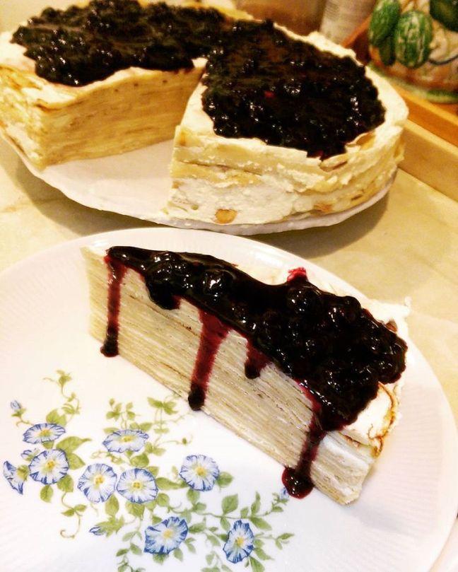 Mille crepe blueberry cake