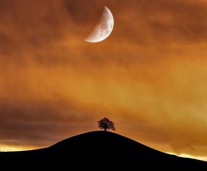 backlit-dawn-dramatic-sky-2414442 - Copy
