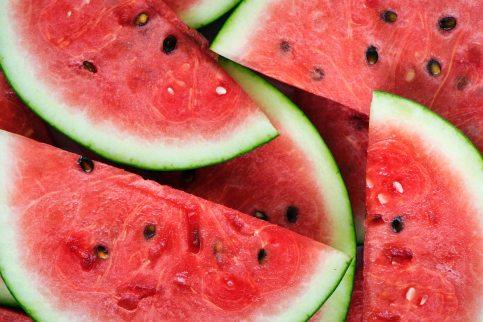 close-up-delicious-fruit-1068534